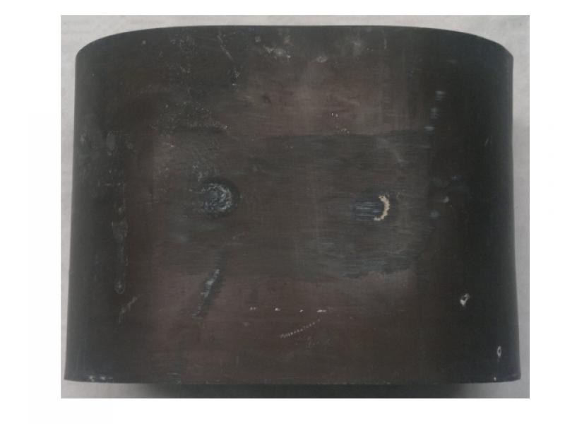 Monolito oval